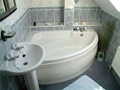 Anchor Cottage Master Ensuite