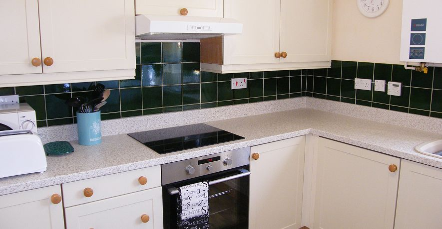 Each cottage kitchen is well equipped with ceramic hob, fan assisted oven, microwave, dishwasher & toaster